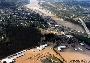 Willamette River flooding Oregon City, Oregon